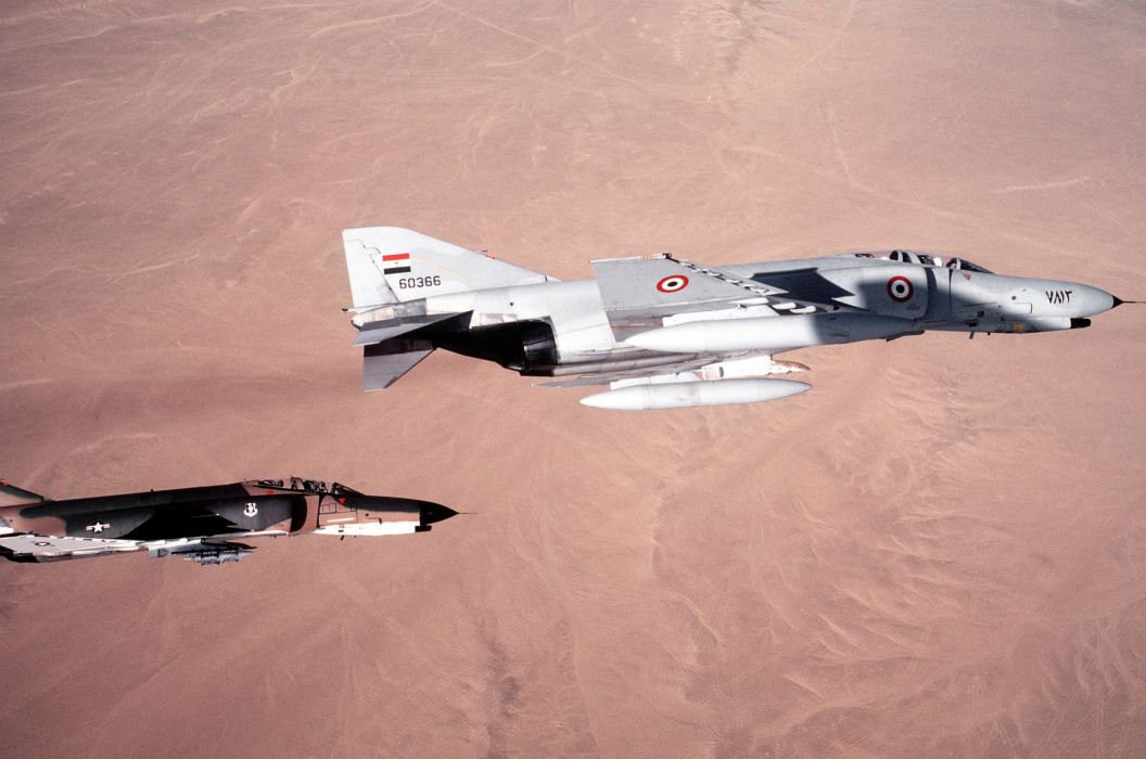 F-4 fighter jet bomber phantom airplane plane military (1)_JPEG wallpaper