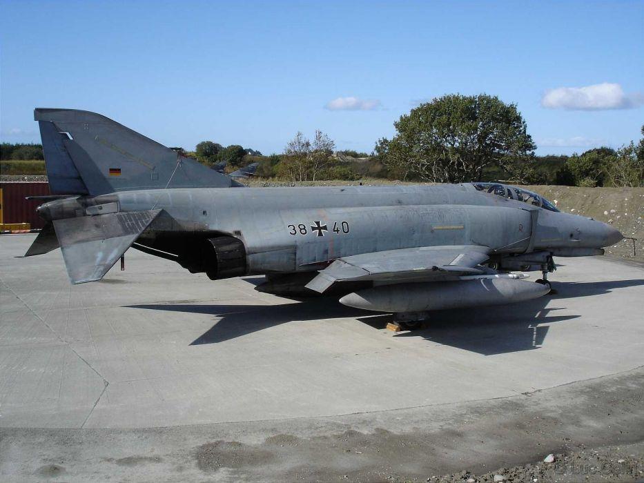 F-4 fighter jet bomber phantom airplane plane military (28) wallpaper