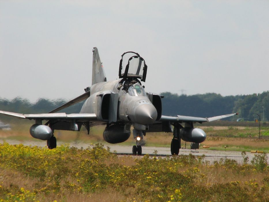 F-4 fighter jet bomber phantom airplane plane military (51)_JPG wallpaper