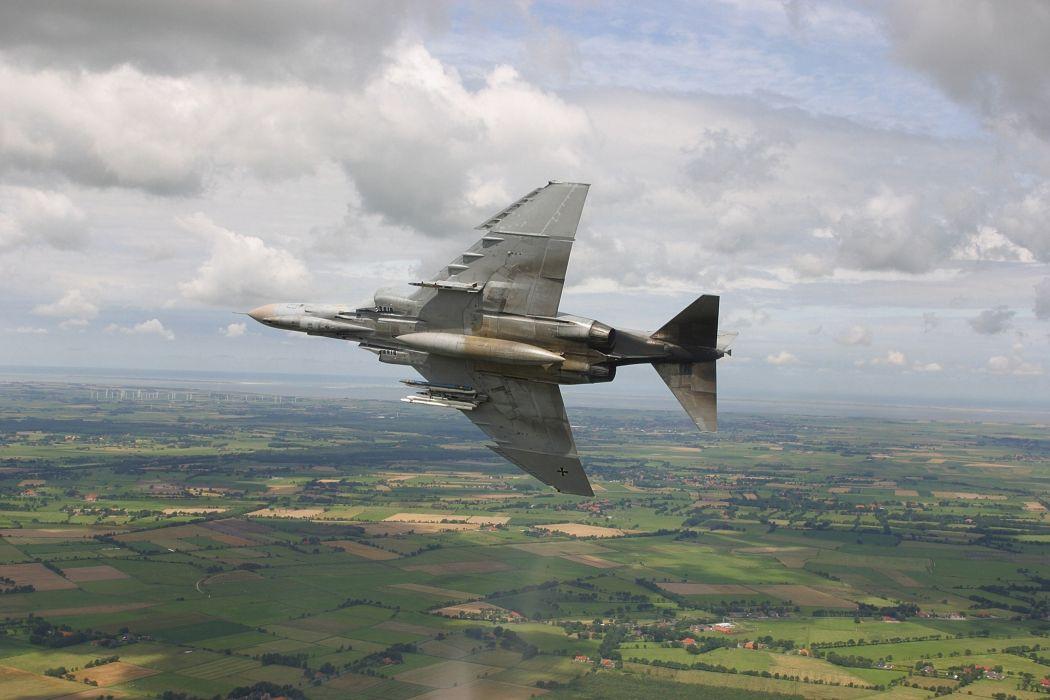 F-4 fighter jet bomber phantom airplane plane military (85) wallpaper