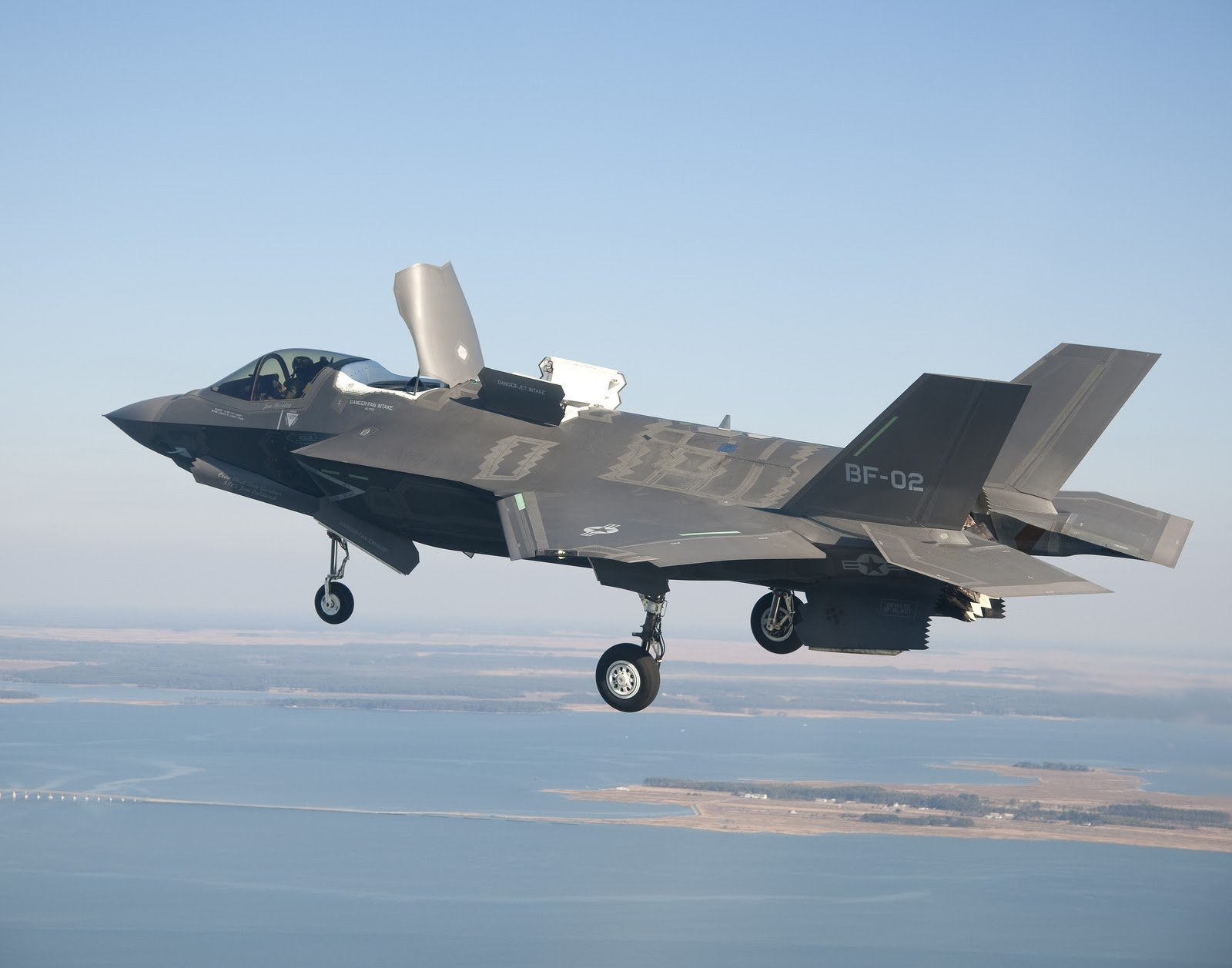 35 military figh...F 35 Fighter Jet Wallpaper