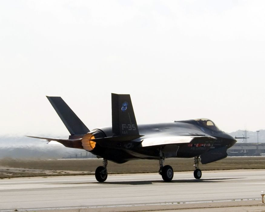 F-35 military fighter jet airplane plane lightning bomber joint (53) wallpaper
