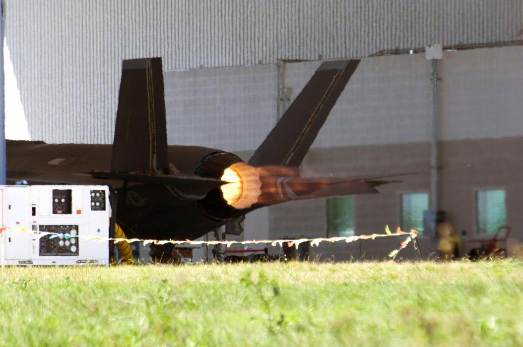 F-35 military fighter jet airplane plane lightning bomber joint (106) wallpaper