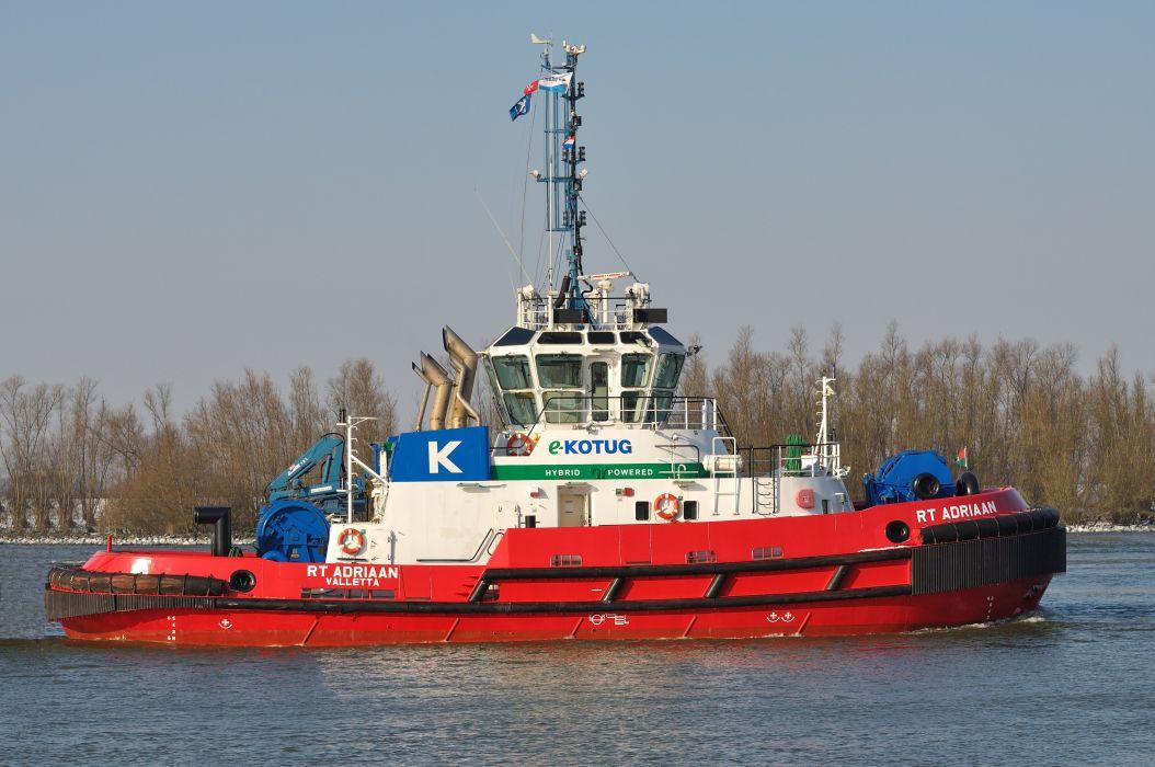 TUGBOAT ship boat tug marine (65) wallpaper