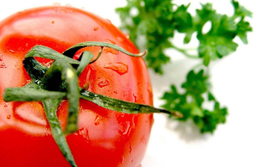 macro tomatoes  wallpaper