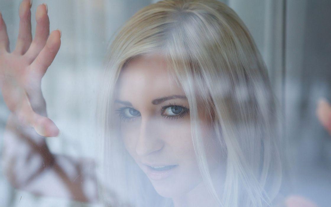blondes women faces Janelle B wallpaper