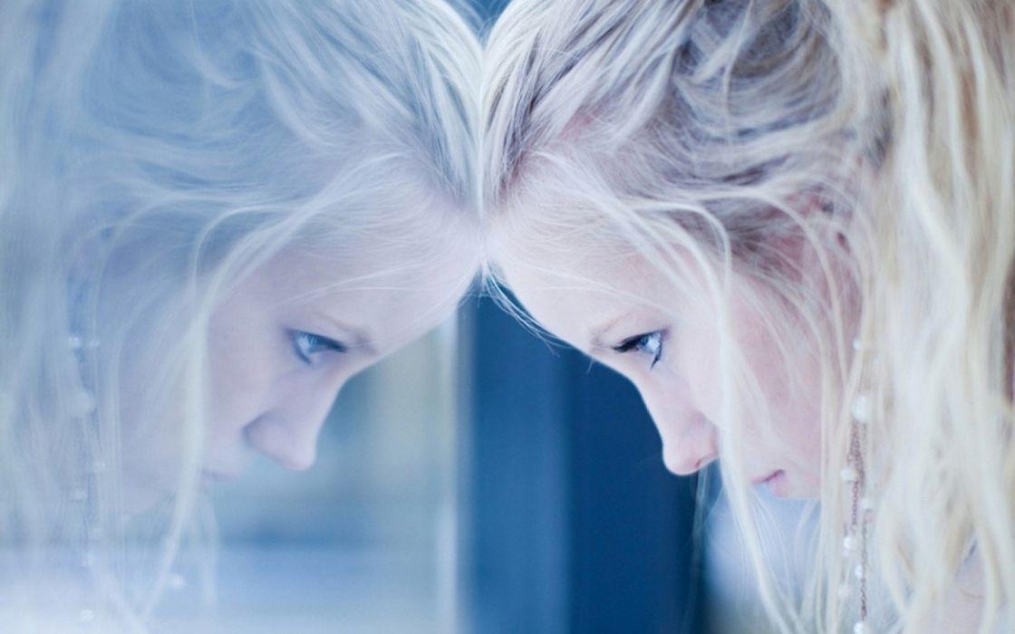 blondes women blue eyes window panes reflections models wallpaper