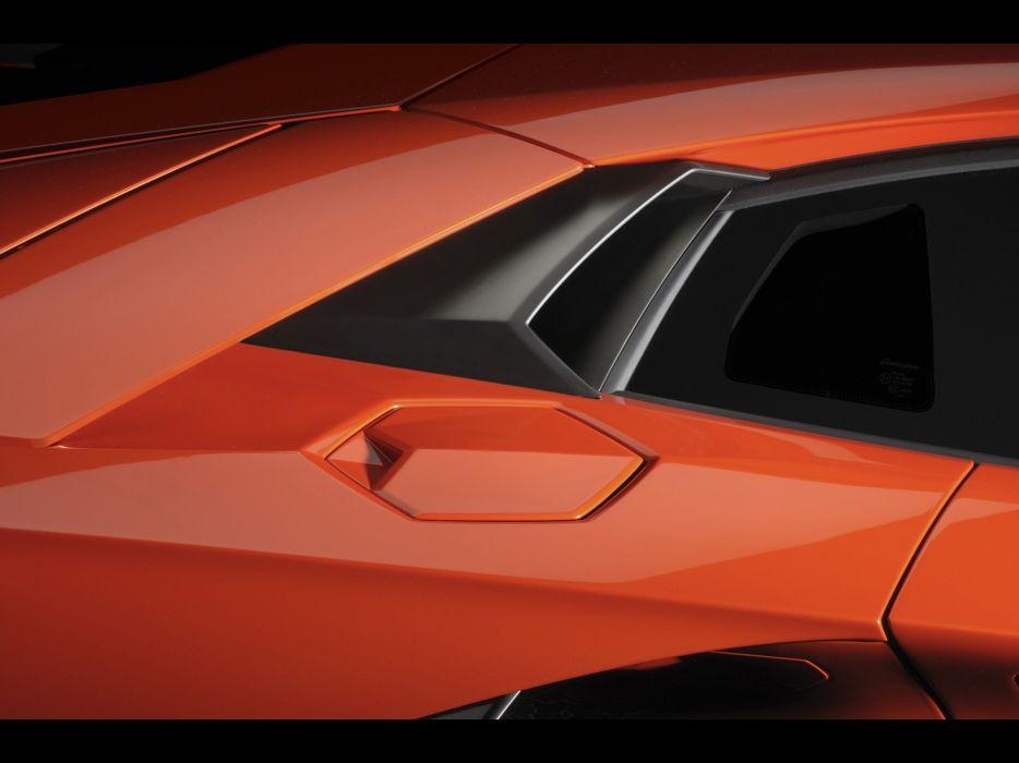 cap gas Lamborghini Aventador wallpaper