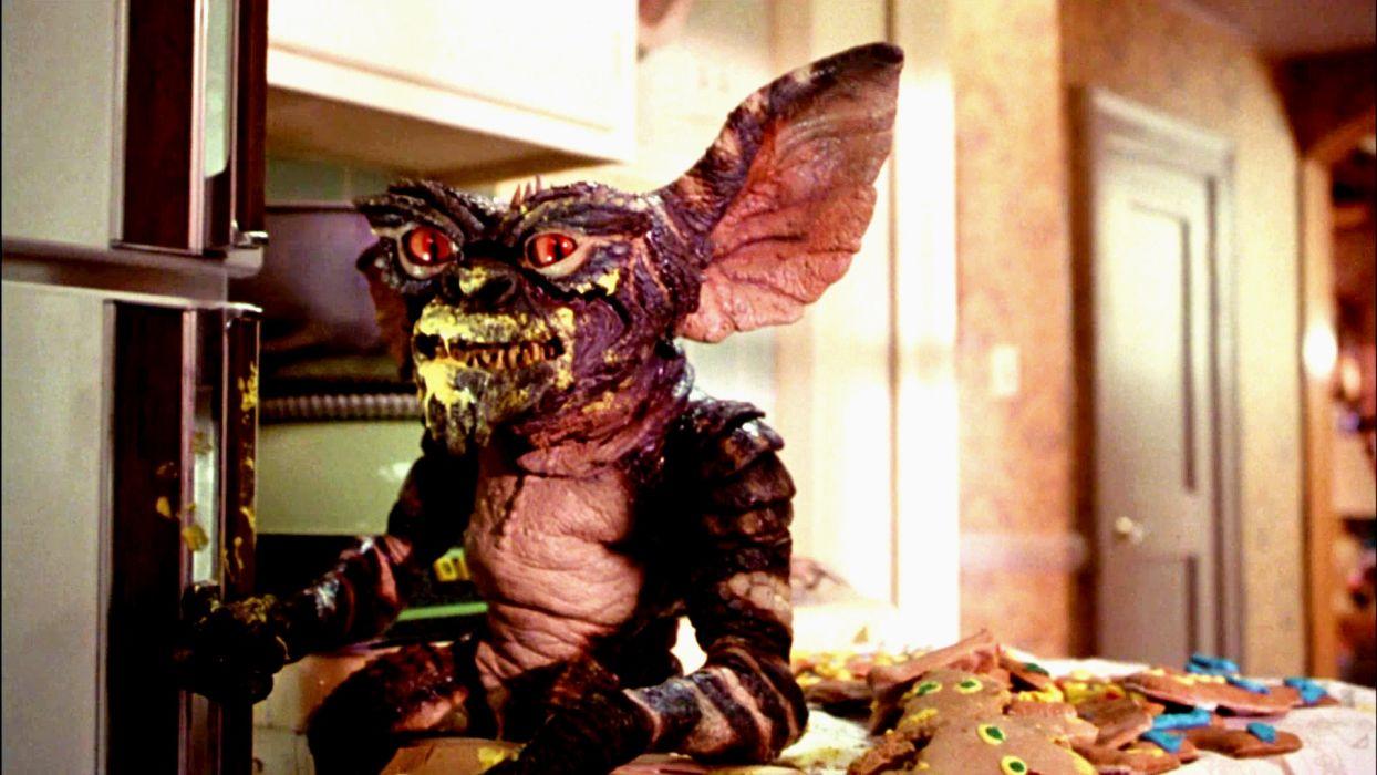 GREMLINS comedy horror creature monster alien (4) wallpaper