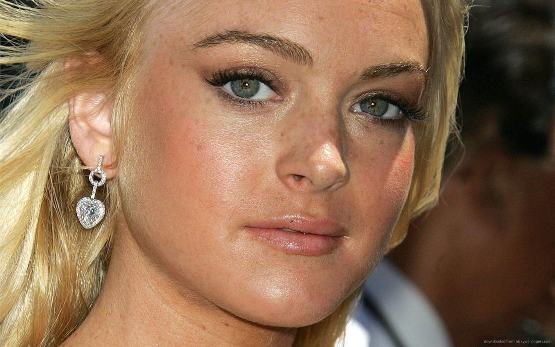 blondes women freckles Lindsay Lohan faces wallpaper