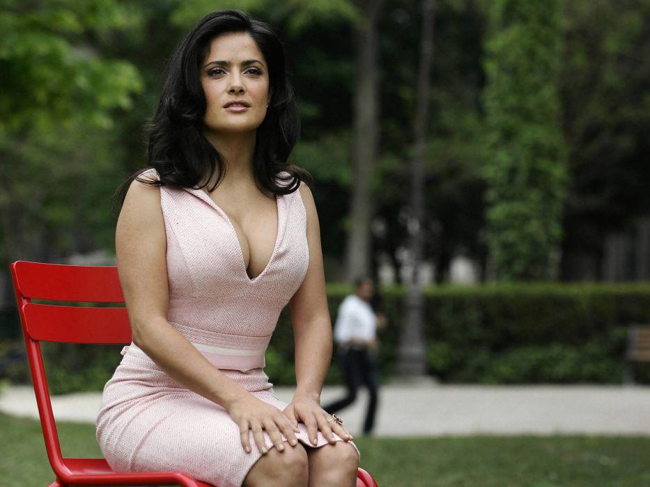brunettes Salma Hayek actress pink dress Mexican wallpaper