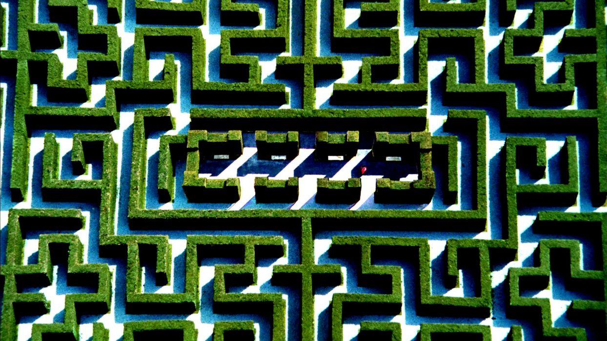 THE SHINING Horror Thriller Dark Movie Film Classic Psychedelic Maze Pattern Garden Wallpaper