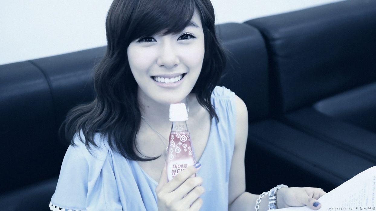 women Girls Generation SNSD celebrity Asians Korean K-Pop Tiffany Hwang bangs wallpaper
