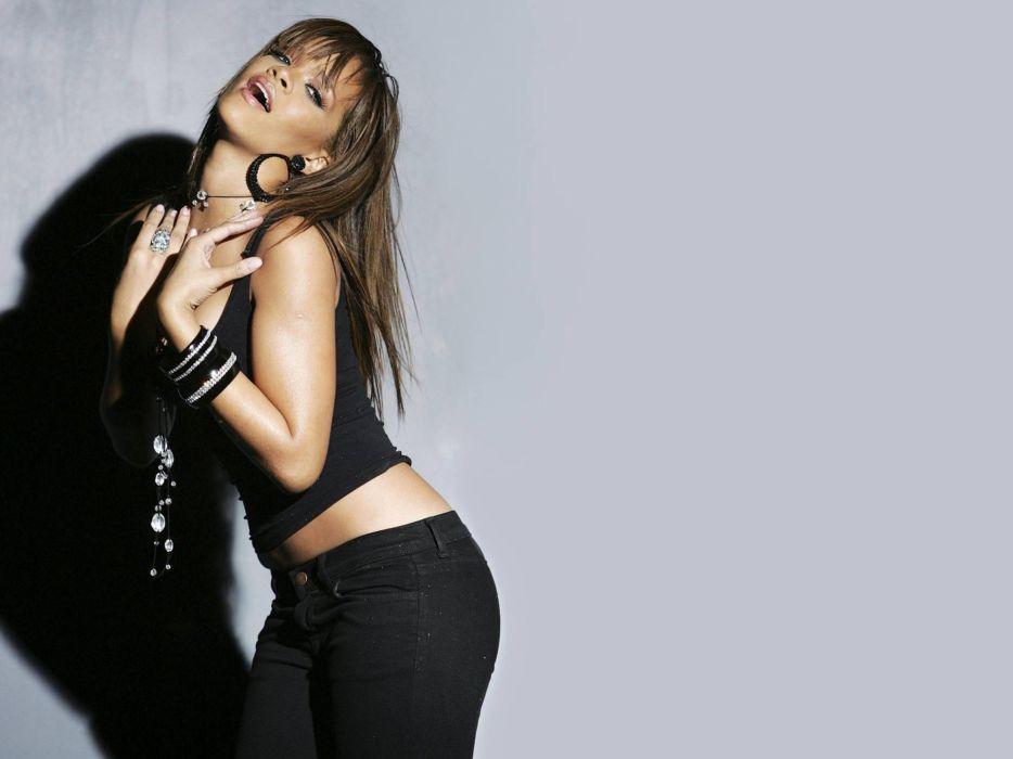 black people Rihanna celebrity singers bangs wallpaper