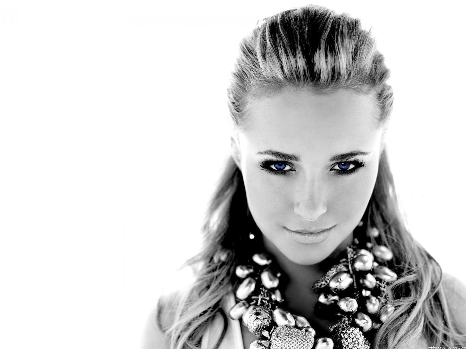 Women Actress Hayden Panettiere Celebrity Grayscale Simple Background White Wallpaper
