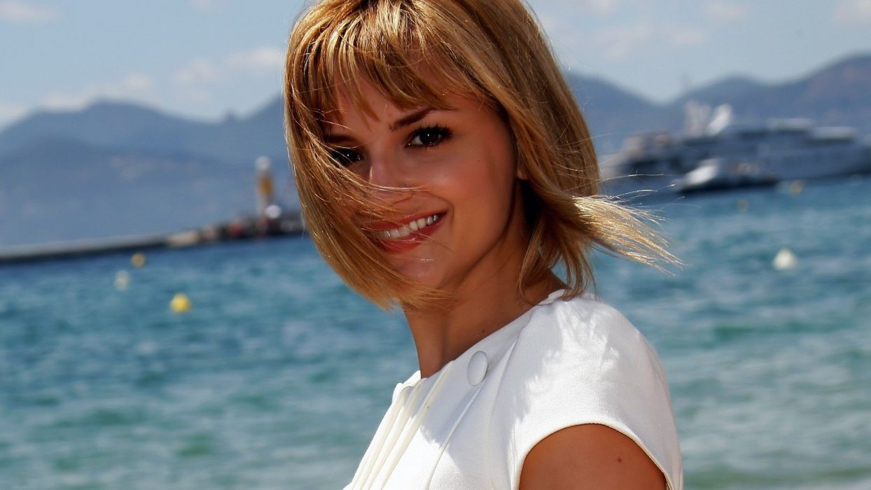 blondes women celebrity smiling smg Rachael Leigh Cook wallpaper