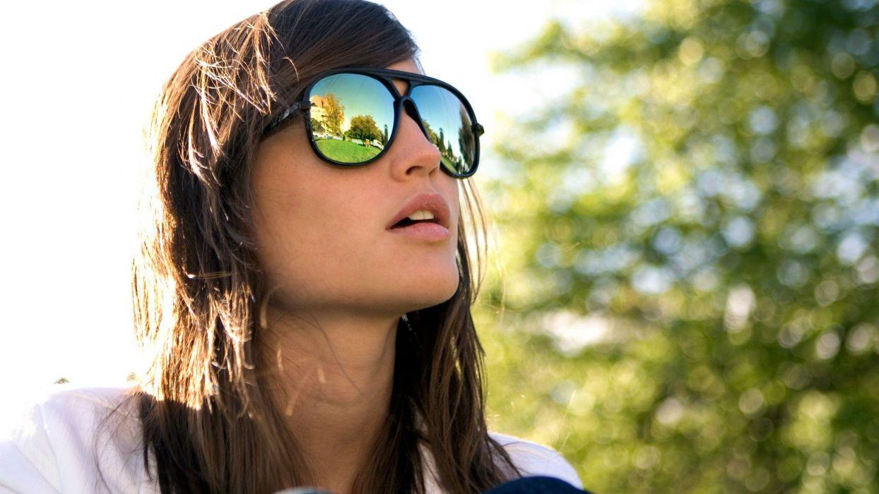 women summer sunglasses holidays open mouth wallpaper