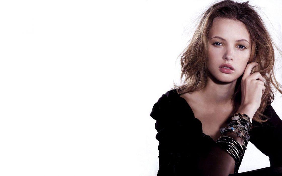 women models Swedish faces Mona Johannesson white background wallpaper
