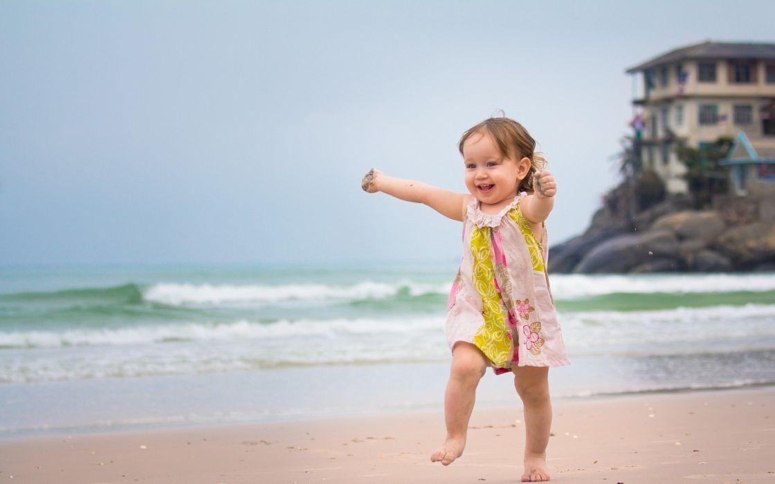 nature happy smiling happiness running children sea beaches wallpaper