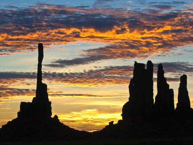 sunrise silhouettes Arizona Monument Valley totem pole rock formations wallpaper