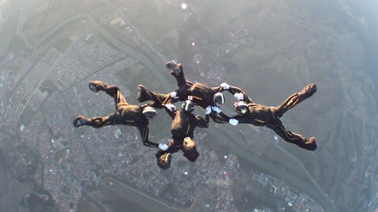 sports skydiving parachute Golden Knights wallpaper
