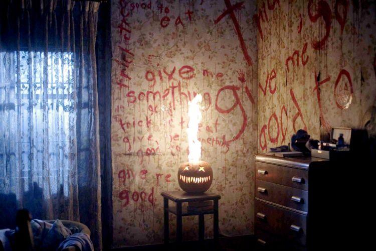 TRICK R TREAT horror thriller dark halloween movie film (17) wallpaper
