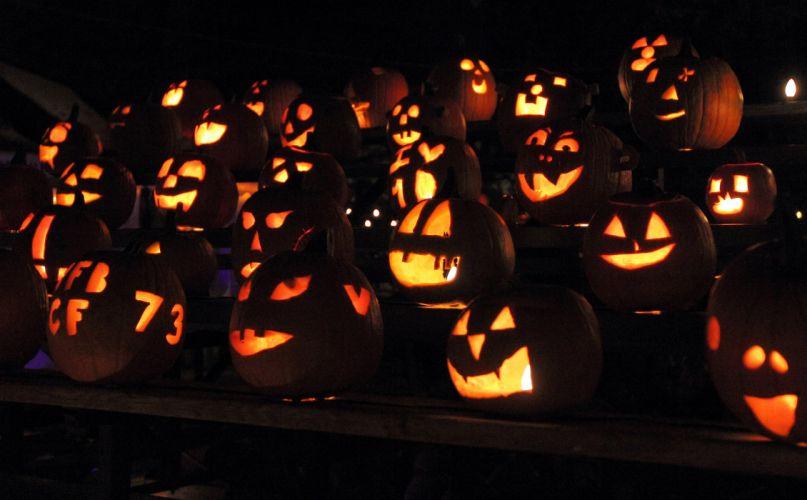 TRICK R TREAT horror thriller dark halloween movie film (37) wallpaper
