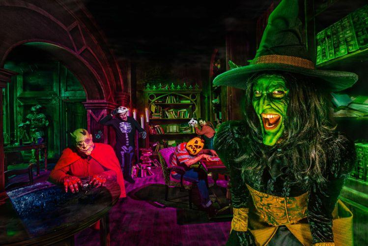 TRICK R TREAT horror thriller dark halloween movie film (40) wallpaper