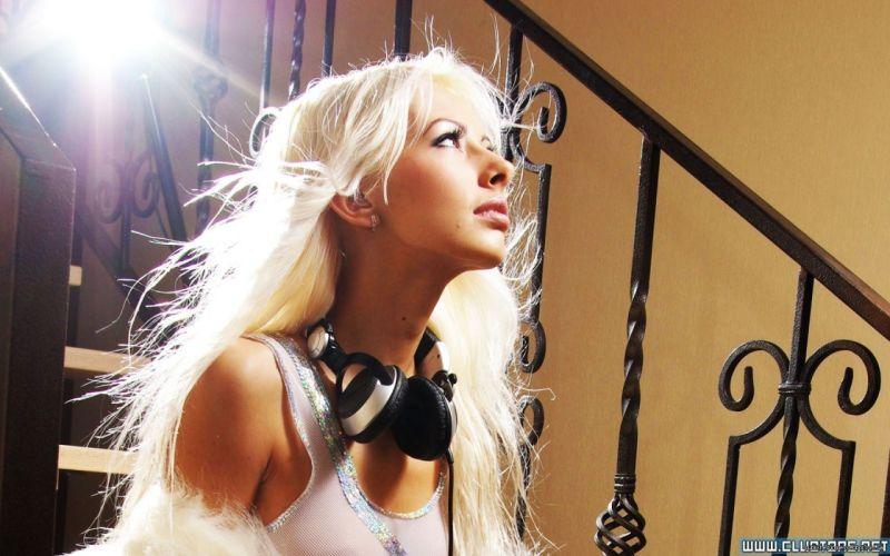 headphones blondes women ladder wallpaper