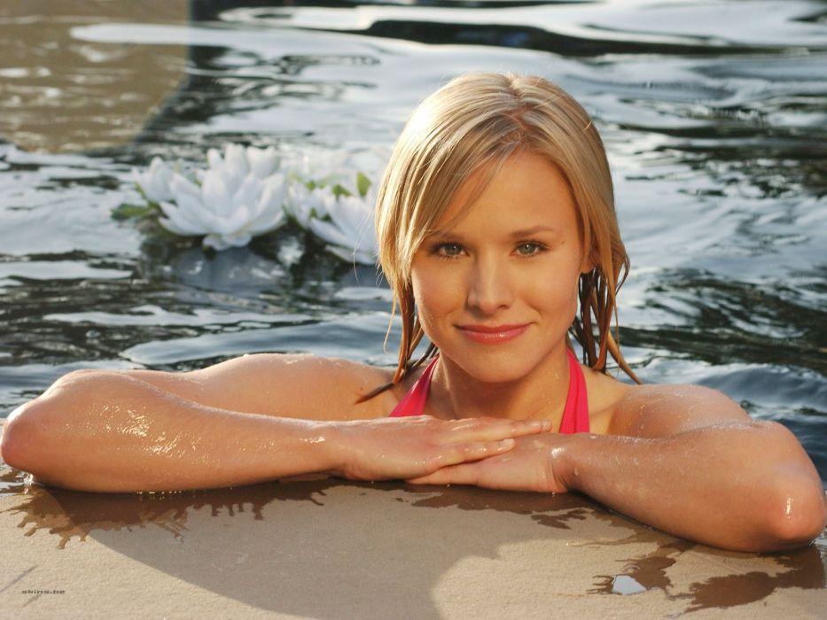 blondes women water Kristen Bell celebrity swimming smiling wallpaper