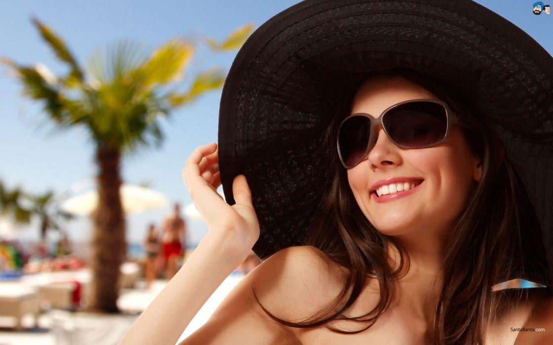 women sunglasses smiling wallpaper
