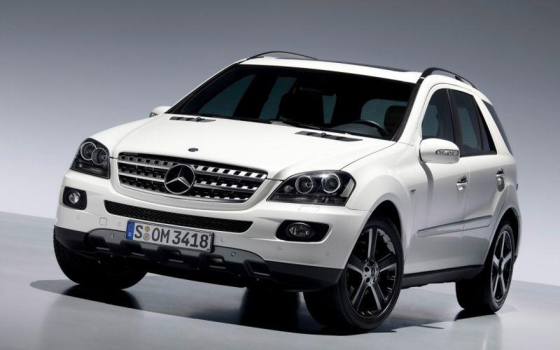 SUV Mercedes-Benz wallpaper