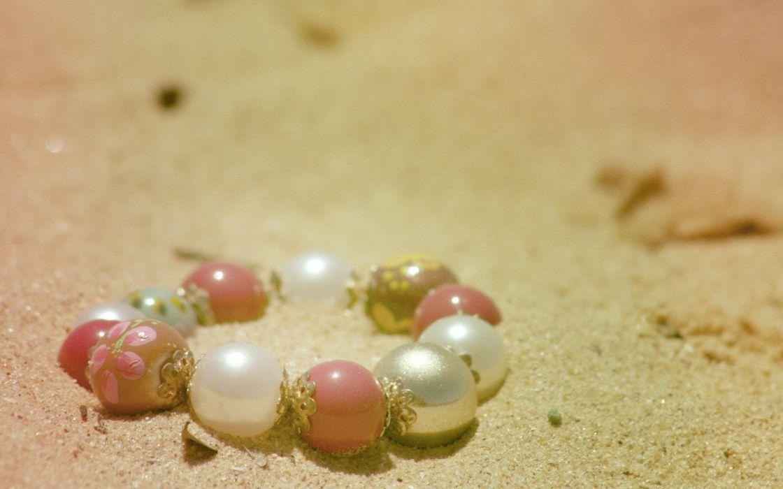 sand jewelry bracelets depth of field wallpaper