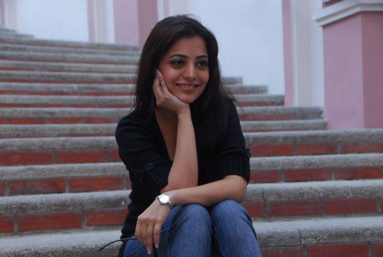 Nisha Agarwal wallpaper