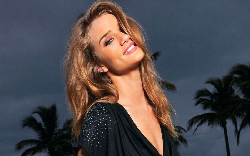 blondes women models smiling palm trees Rosie Huntington-Whiteley wallpaper