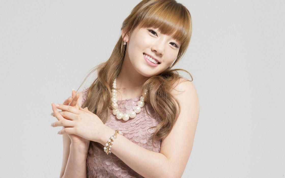blondes women Girls Generation SNSD celebrity Asians Korean Kim Taeyeon K-Pop wallpaper