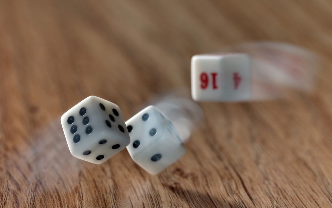 wood dice slow motion game wallpaper
