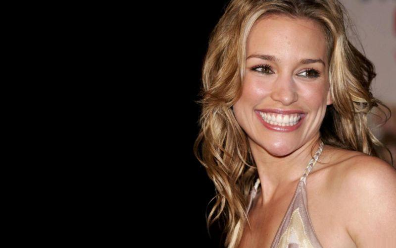 blondes women actress Piper Perabo wallpaper