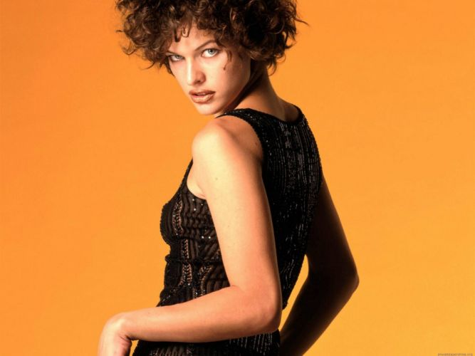 women actress models Milla Jovovich wallpaper