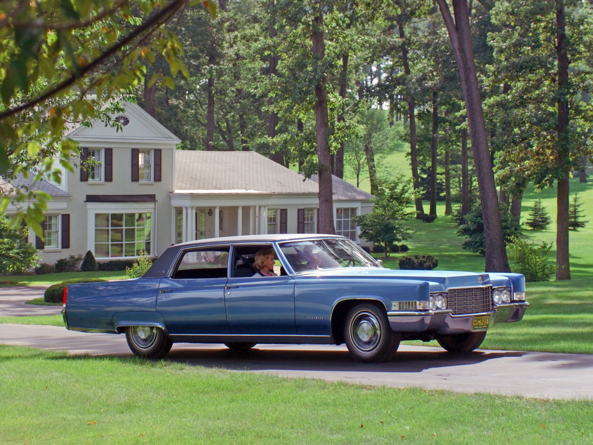 1973 Cadillac Sedan Deville1973 Coupe Deville In Surfers 1978 1969 Fleetwood Sixty Special Brougham