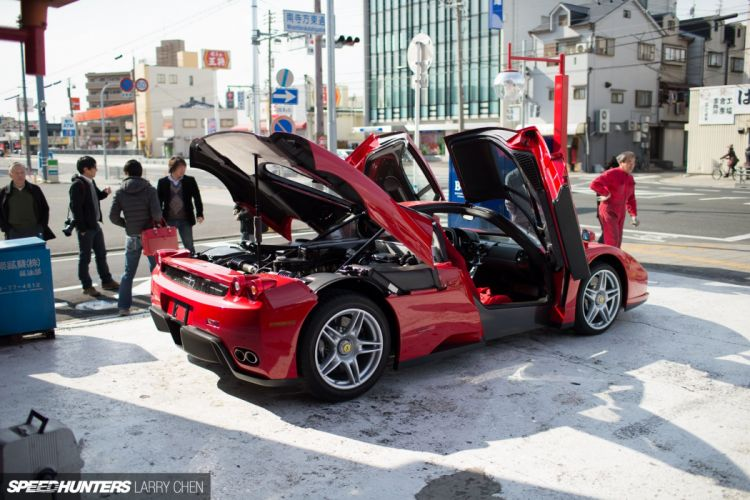 Ferrari Enzo supercar interior engine g wallpaper