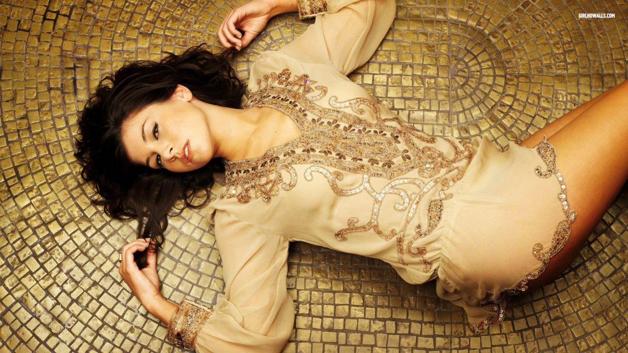 brunettes legs women models Imogen Thomas lying down wallpaper