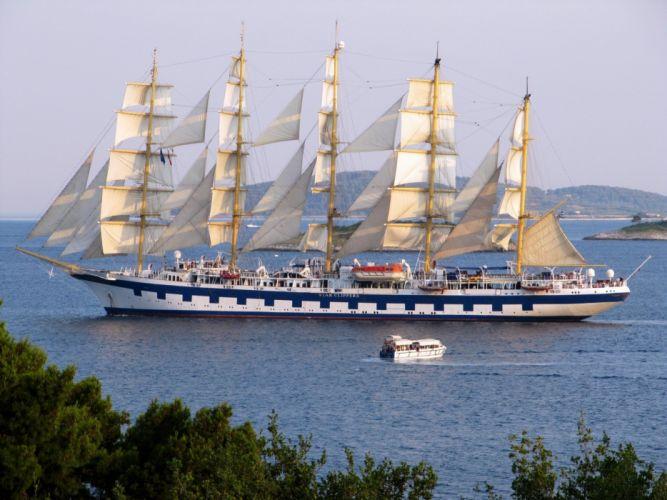 sailboats wallpaper