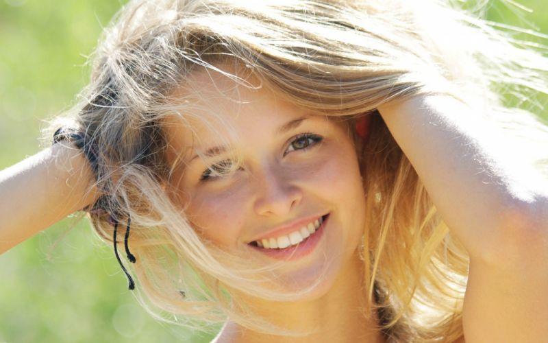 women models teen young Met-Art magazine smiling faces Toxic A wallpaper