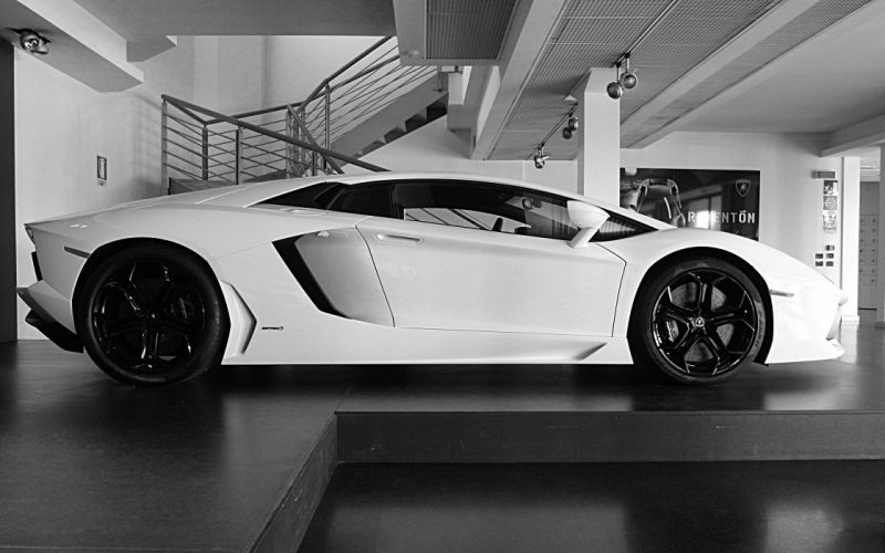 white cars Lamborghini Lamborghini Aventador side view wallpaper