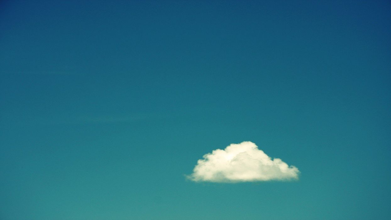 blue gradient skies cloud wallpaper