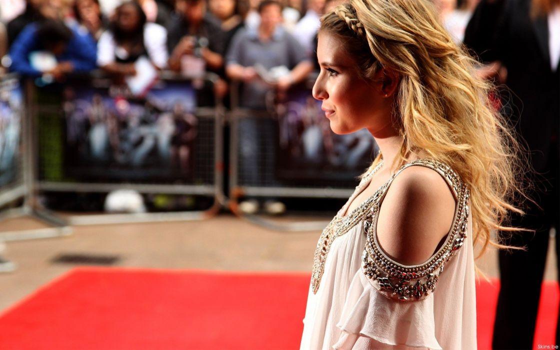 blondes women actress Emma Roberts wallpaper