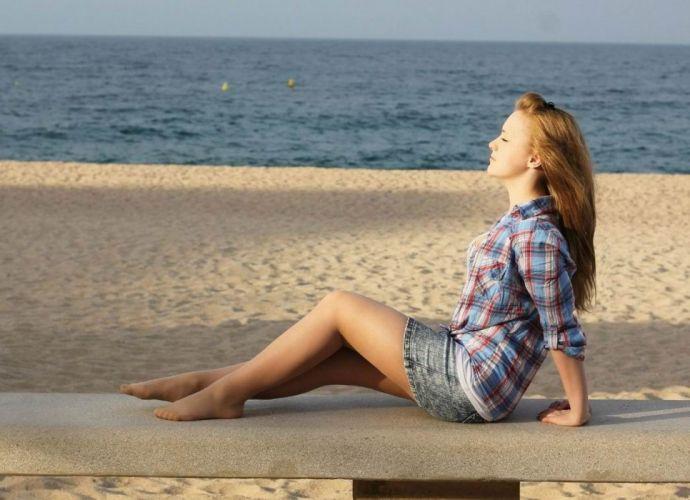 beach pantyhose stocking tights nylon sexy babe f wallpaper