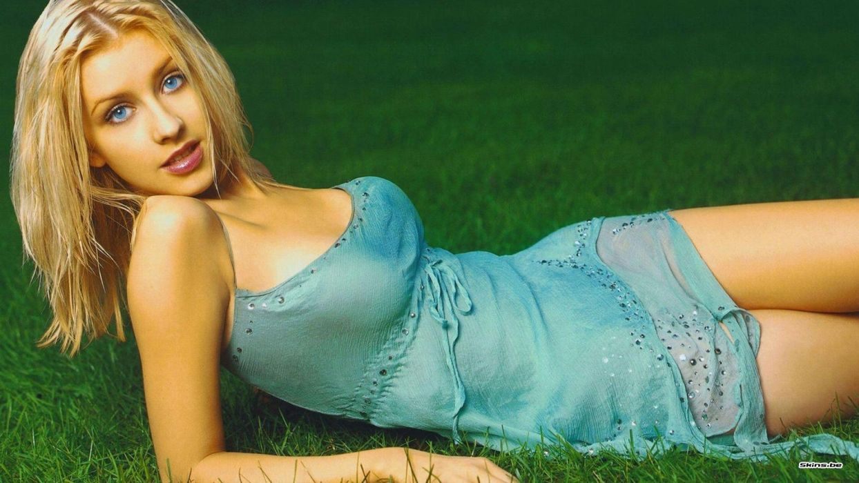 Christina Aguilera singer sexy babe pop singer     d wallpaper