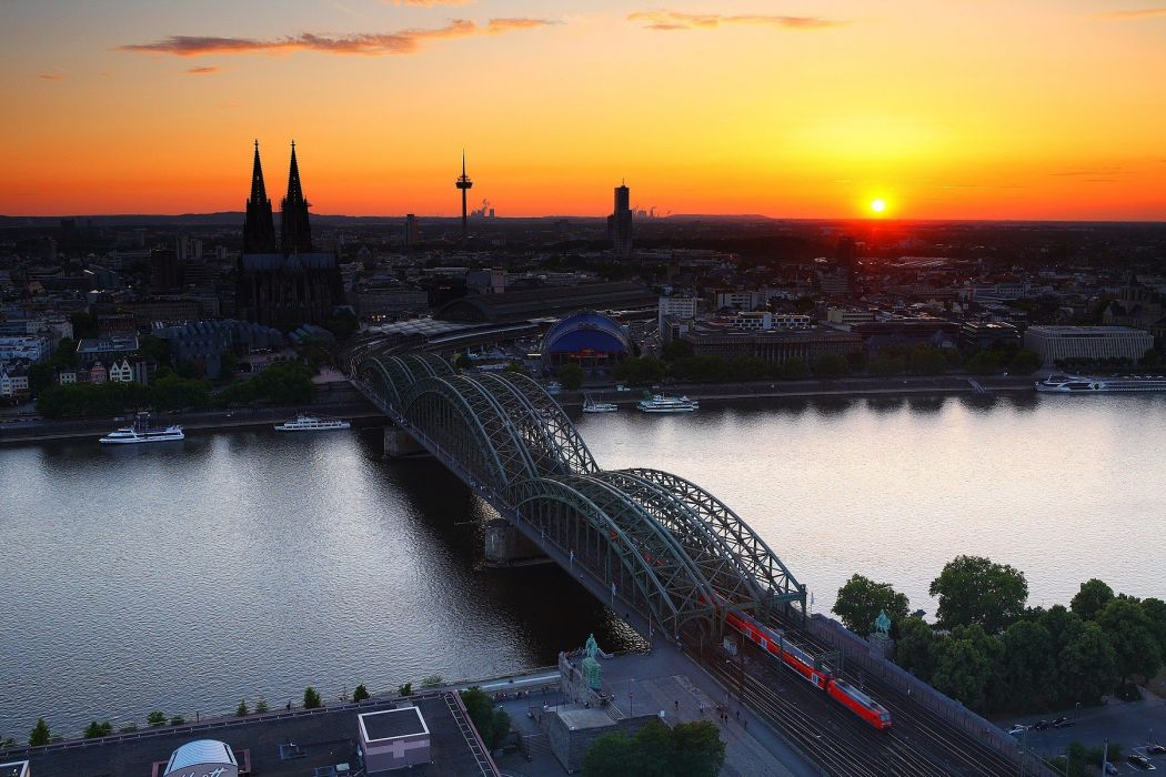 Cologne Cathedral at dusk Germany sunset wallpaper